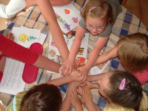 Spielerisch lernen im Kindergarten und Englisch entdecken